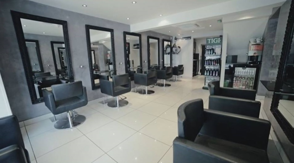 mova-hair-salon-in-staines