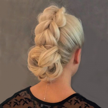 All You Need To Know About Going Blonde – Top Tips from Mova Hair Salons in Staines & Virginia Water